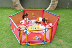 Picture of Poco casa - Playpen 5 Panel with gate