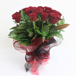 Picture of Red Roses Arrangement (15 nos)
