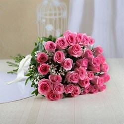 Picture of Pink Roses Arrangement (20 nos)